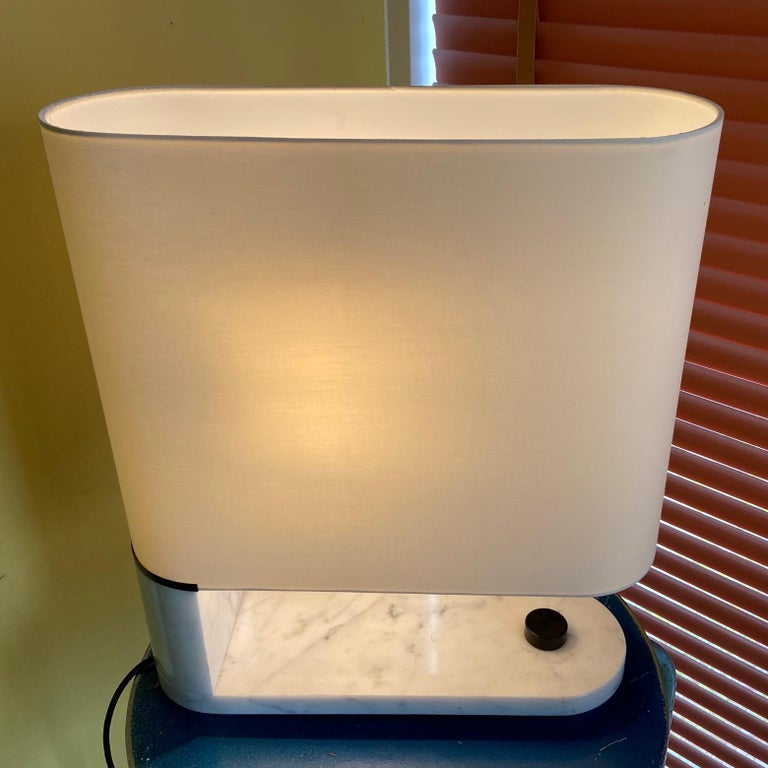 1960's to 1970's Stilnovo Oval Marble Table or Desk Lamp For Sale 2