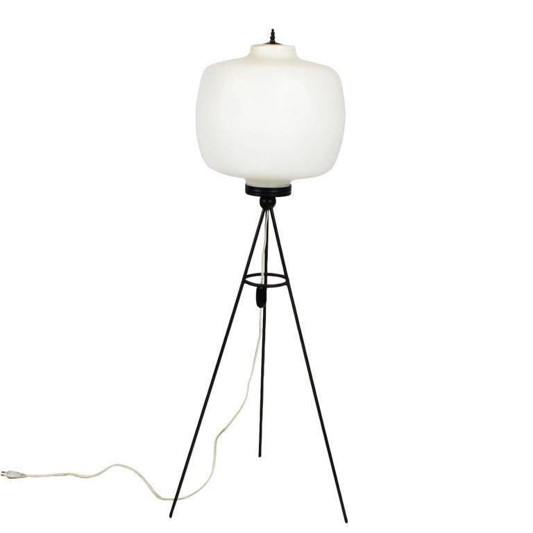 1960s Tripo Standing Lamp, Blackened Steel, White Opaline, Italy