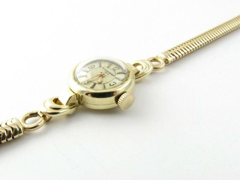 1960s Vacheron Constantin 14 Karat Yellow Gold Ladies Hand Winding Watch For Sale 2