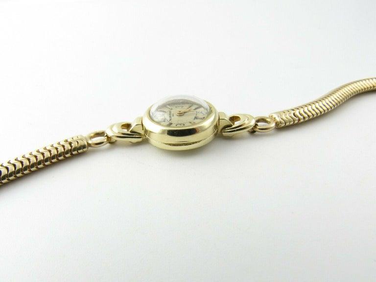 1960s Vacheron Constantin 14 Karat Yellow Gold Ladies Hand Winding Watch For Sale 5