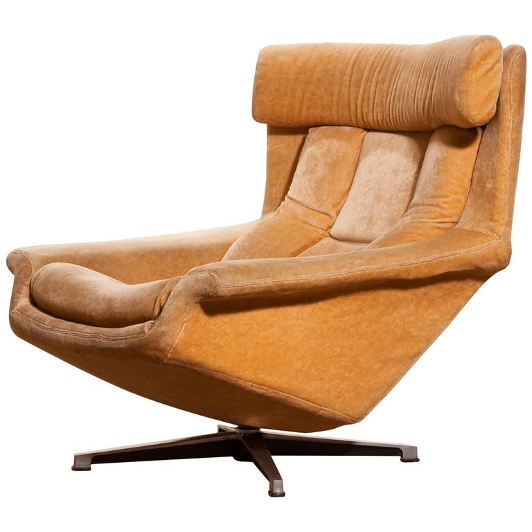 1960s Velvet Swivel Lounge Chair Bamse By Bra Bohag Ab
