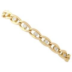 1960s Vintage 1.22 Carat Diamond and Yellow Gold Curb Bracelet