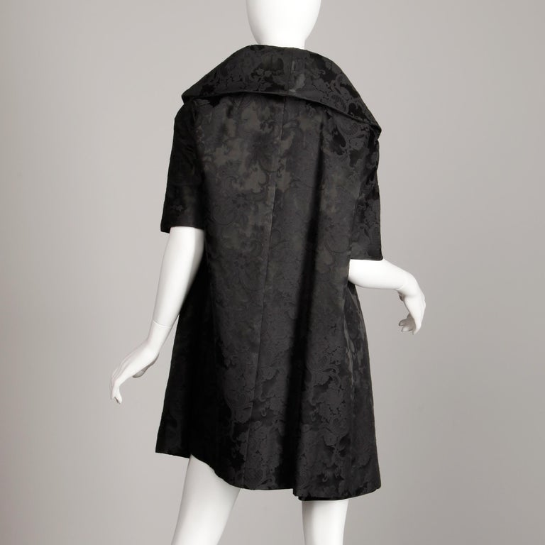 1960s Vintage Black Damask Evening Opera/ Dress Coat or Duster with 3/4 Sleeves In Excellent Condition For Sale In Sparks, NV