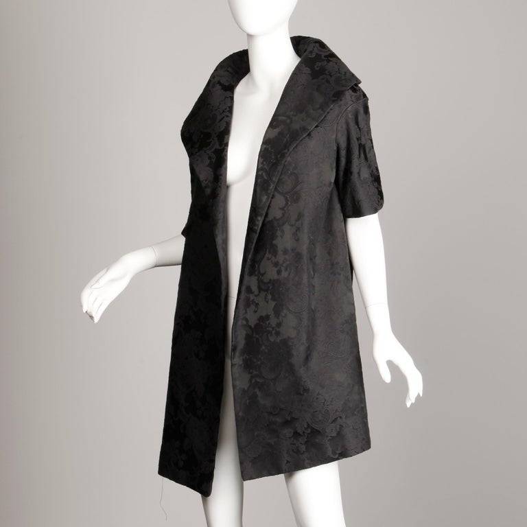 1960s Vintage Black Damask Evening Opera/ Dress Coat or Duster with 3/4 Sleeves For Sale 3