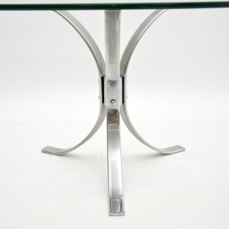 Mid-Century Modern 1960s Vintage Chrome and Glass Coffee Table For Sale