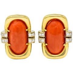 1960s Vintage Coral Diamond 18 Karat Gold Ear-Clip Earrings