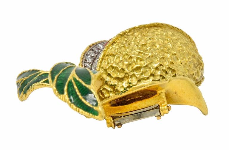 1960s Vintage Diamond Coral Enamel 18 Karat Gold Pomegranate Brooch For Sale 2