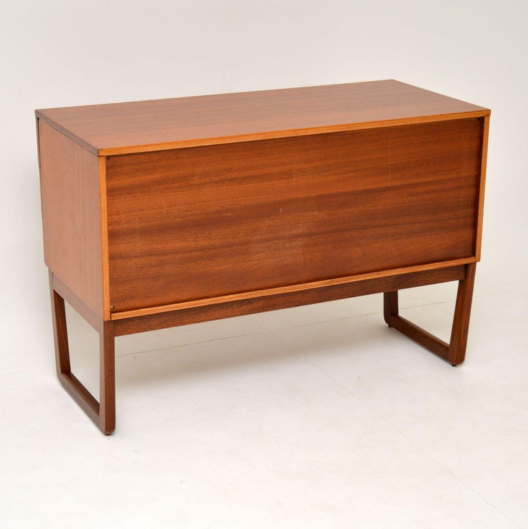 1960s Vintage Mahogany Sideboard or Chest of Drawers For Sale 5