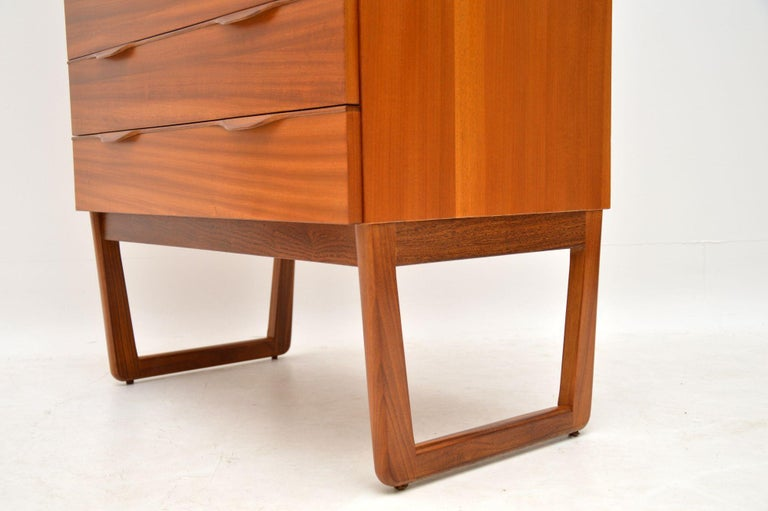 1960s Vintage Teak Chest of Drawers For Sale 4