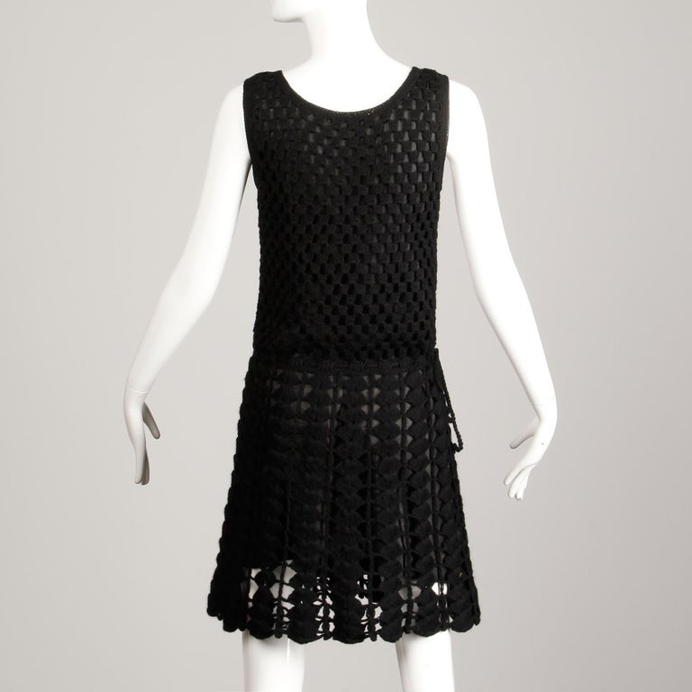 1960s Vintage Wool Hand Crochet Dress For Sale 1