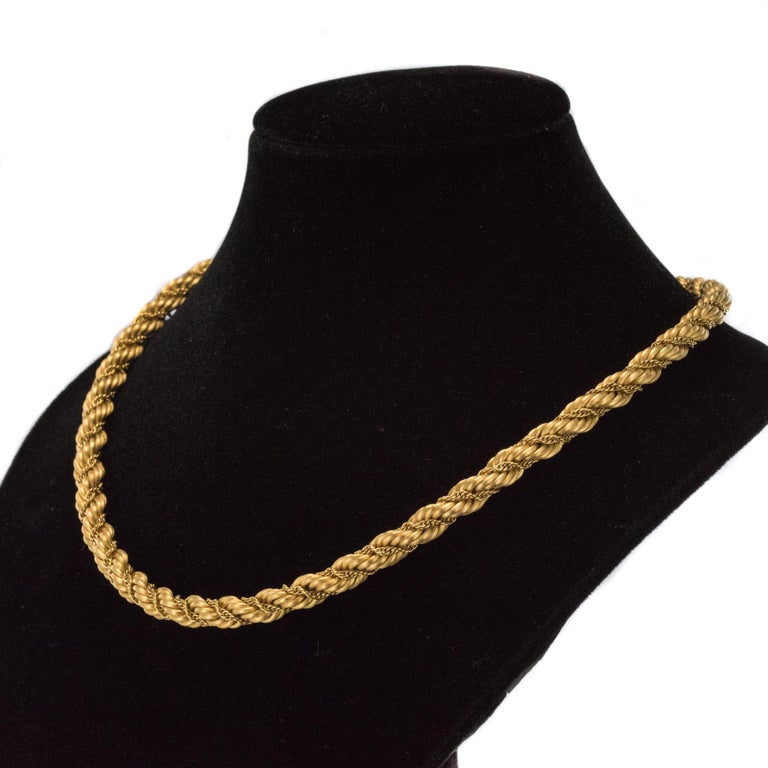 Retro 1960s Vintage Yellow Gold Braid Necklace For Sale