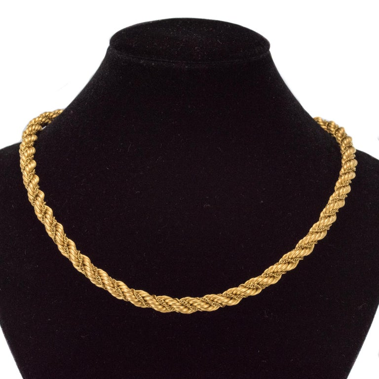 1960s Vintage Yellow Gold Braid Necklace For Sale 1