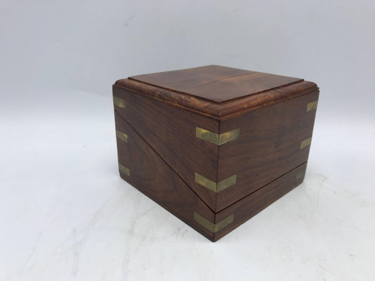 Mid-Century Modern 1960s Walnut and Brass Inlay Box Desk Clock For Sale