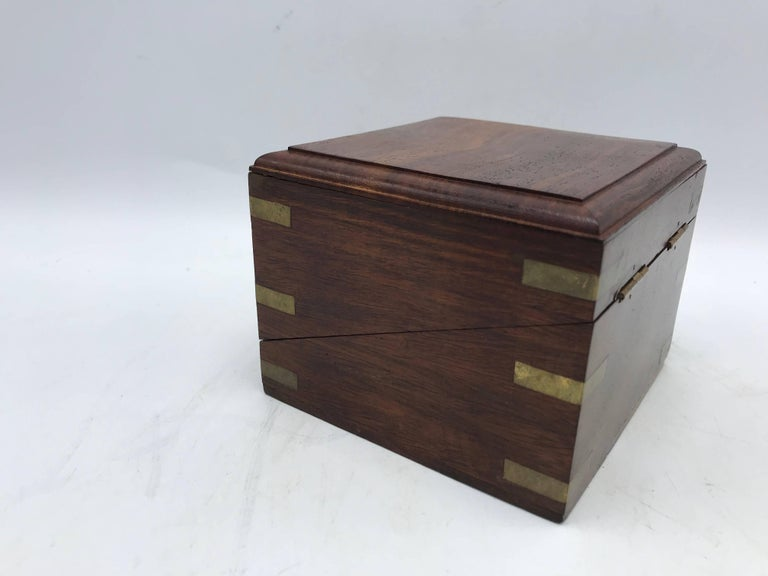 20th Century 1960s Walnut and Brass Inlay Box Desk Clock For Sale