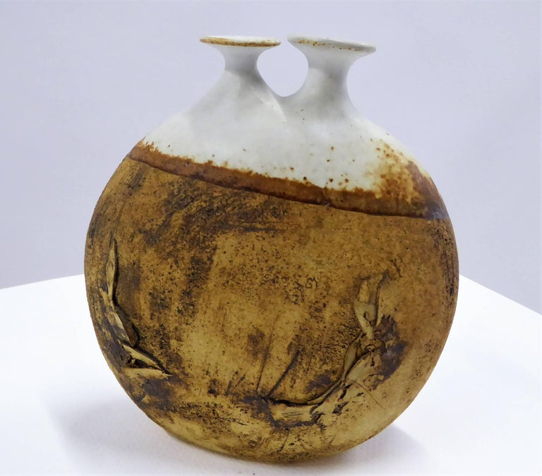 1960s Warren Hullow Art Pottery Vase Stoneware Weed Pot Twig Vase In Excellent Condition For Sale In Miami, FL