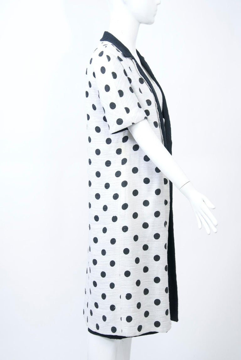 1960s White and Black Dress and Coat Ensemble In Good Condition For Sale In Alford, MA