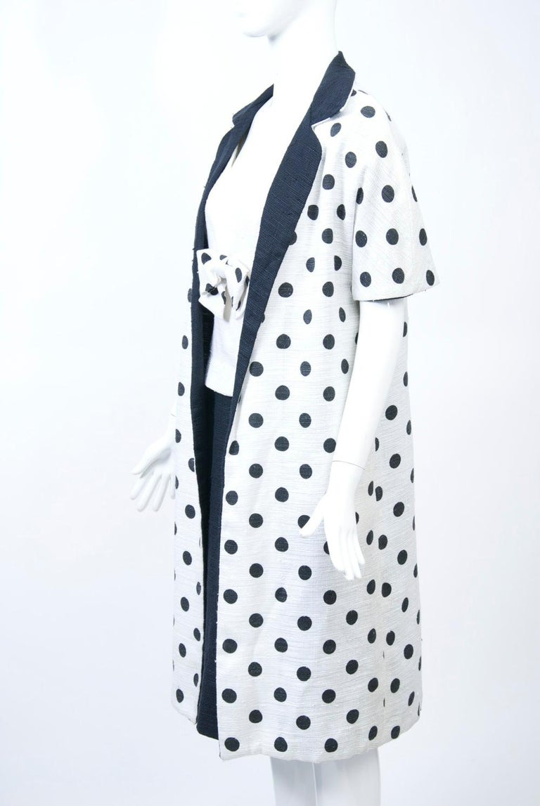 1960s White and Black Dress and Coat Ensemble For Sale 1