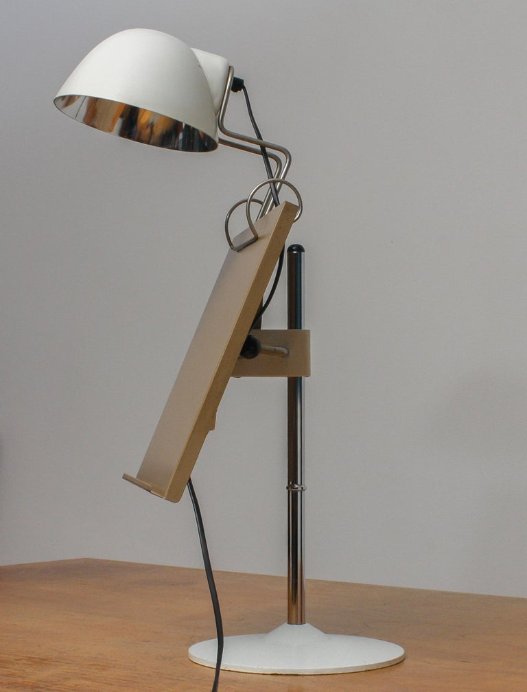 1960s White Table Lamp with Tablet or Book Stand by Falkenberg Belysning, Sweden In Good Condition In Silvolde, Gelderland
