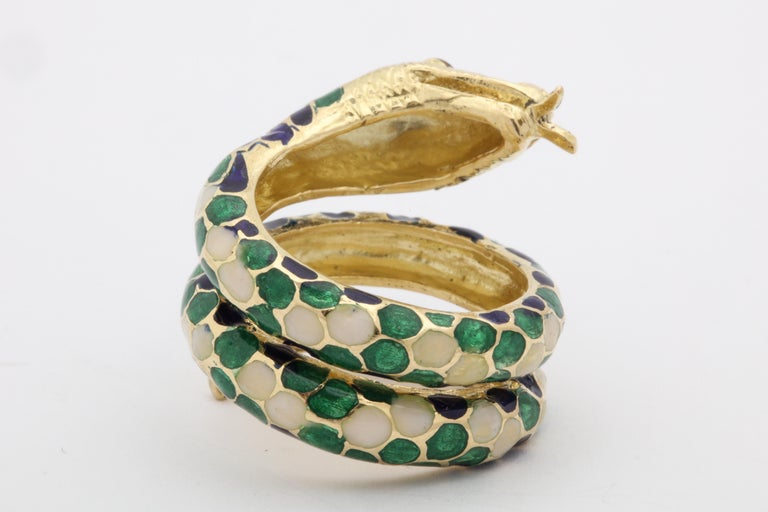 1960s Wrap Around Coiled Blue, White, Green Enamel Gold Figural Snake Ring For Sale 6