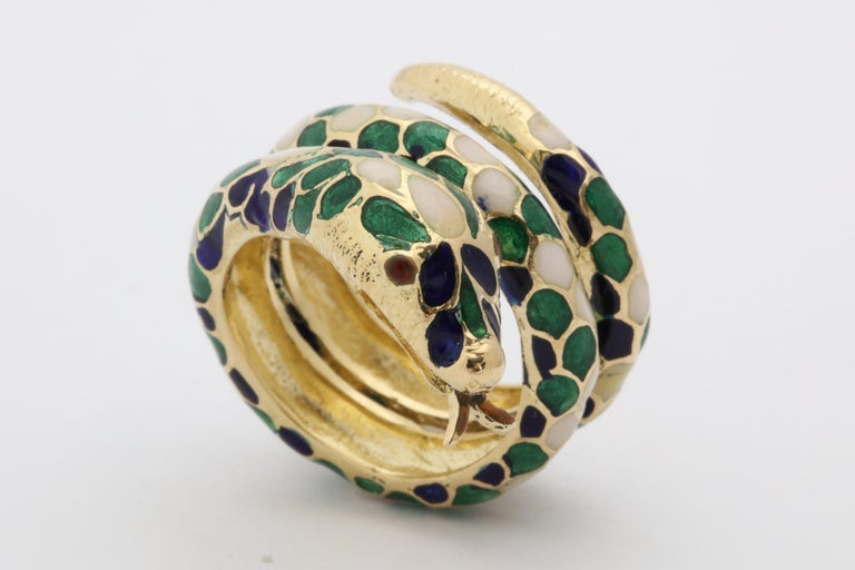 1960s Wrap Around Coiled Blue, White, Green Enamel Gold Figural Snake Ring For Sale 8