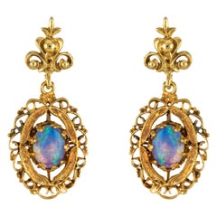 1960s Yellow Gold Opal Dangling Earrings