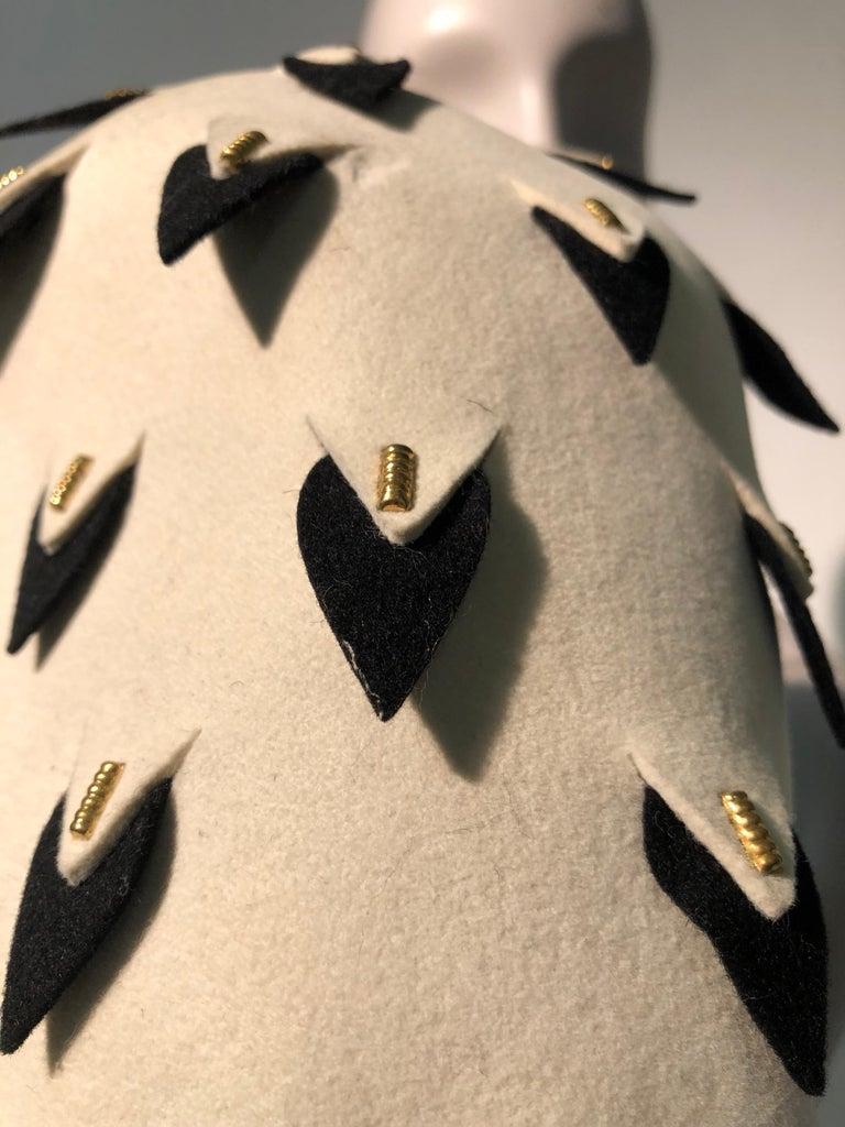 1960s Yves Saint Laurent Eggshell Felt Bucket Hat W/ Pierced Embellishment For Sale 3