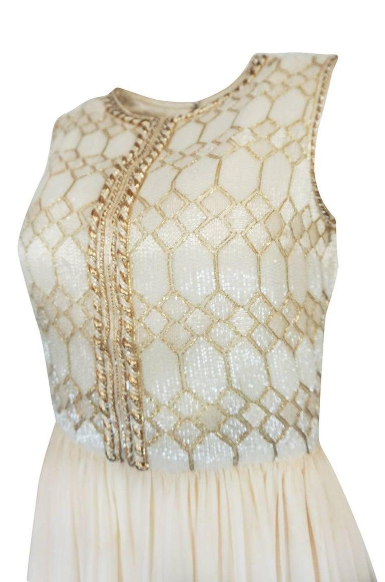 1961 Pierre Balmain Haute Couture Ivory Beaded Dress w Detachable Cape For Sale 5