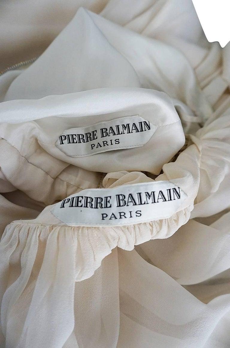 1961 Pierre Balmain Haute Couture Ivory Beaded Dress w Detachable Cape For Sale 8