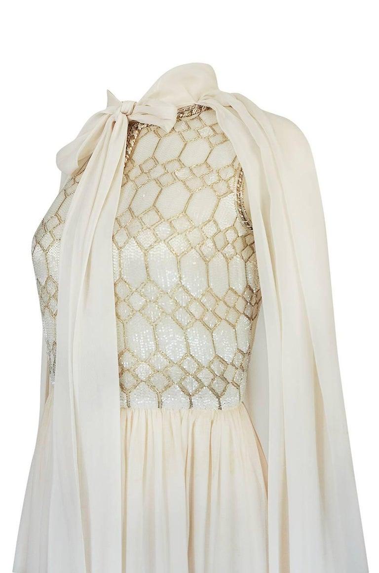 1961 Pierre Balmain Haute Couture Ivory Beaded Dress w Detachable Cape For Sale 4