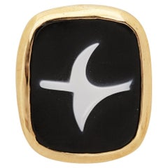 1963 Georges Braque Gold, Onyx and White Agate 'Eos' Cameo Pendant