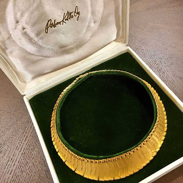 1963 Leo Torikainen 18 Karat Gold Collar Necklace In Excellent Condition For Sale In New York, NY