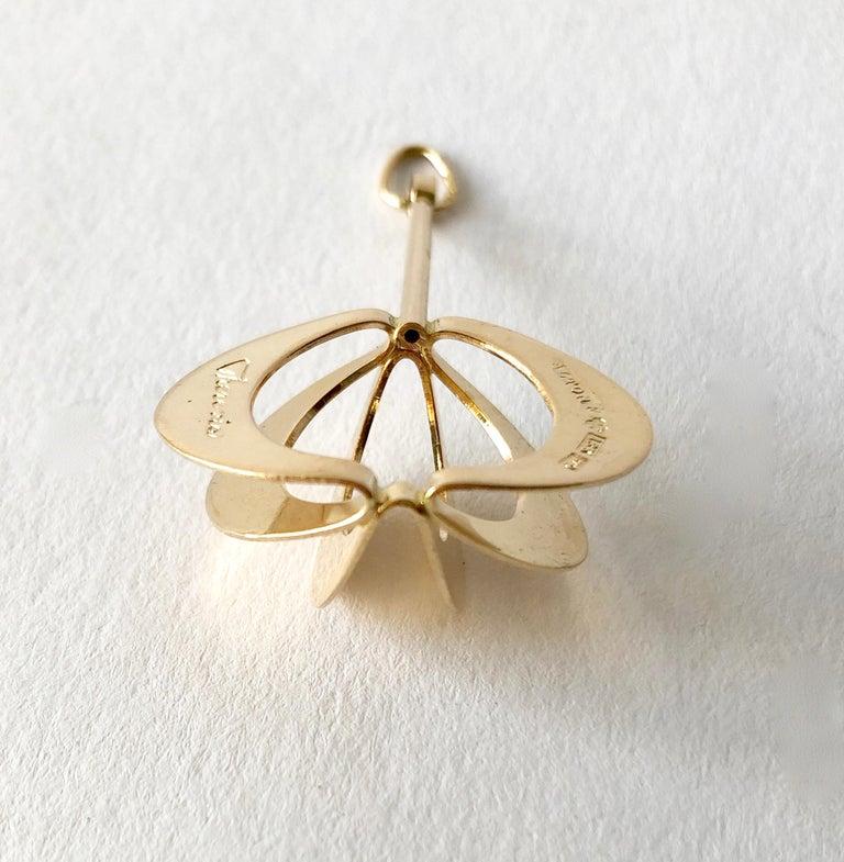 1971 Theresia Hvorslev for Alton 18 Karat Gold Swedish Modernist Pendant For Sale 1