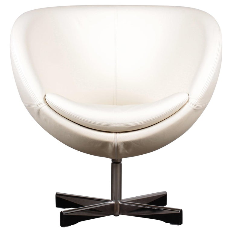 """1965 Norwegian """"Planet"""" Swivel Armchair in Ivory Leather by Dysthe for Stokke For Sale"""