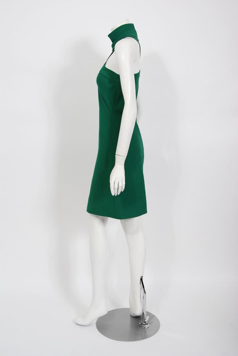 Vintage 1966 Pierre Cardin Haute Couture Documented Green Crepe Turtleneck Dress For Sale 1