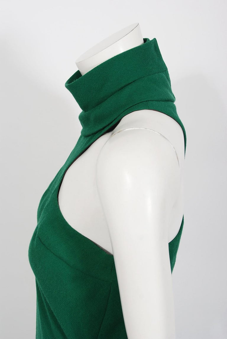 Vintage 1966 Pierre Cardin Haute Couture Documented Green Crepe Turtleneck Dress For Sale 2