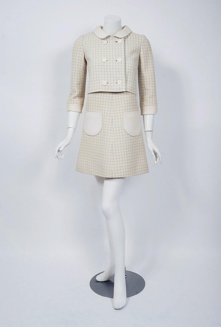 Gorgeous and well-documented Andre Courreges Paris ensemble dating back to his 1967 couture collection. Andre Courreges launched his Space-Age look in 1964. The shapes of his clothes were geometric: squares, trapezoids, triangles. The main features