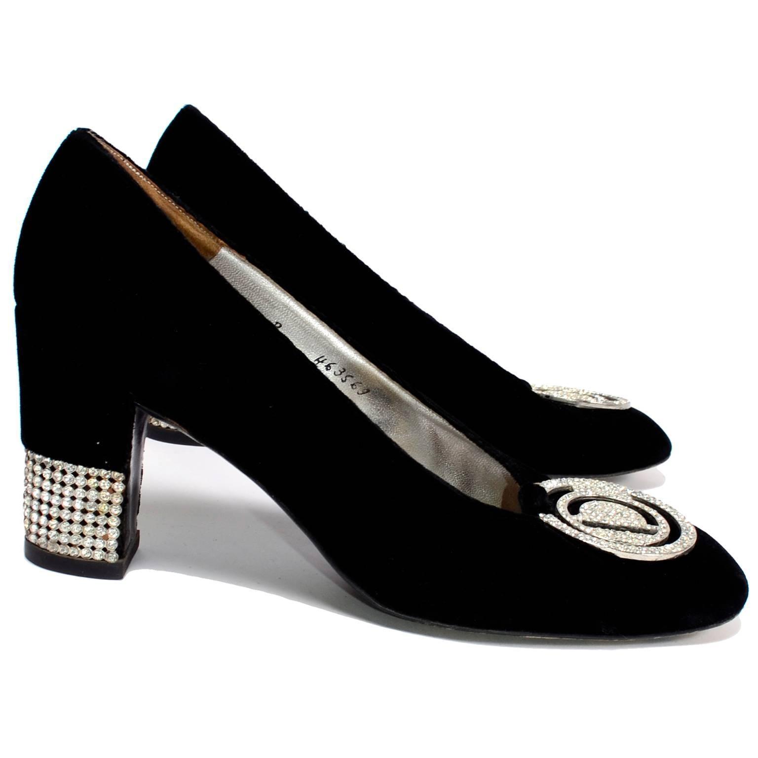 b355946f331da Documented 1968 Christian Dior Black Velvet Rhinestone Heel Shoes w  CD  Buckle For Sale at 1stdibs