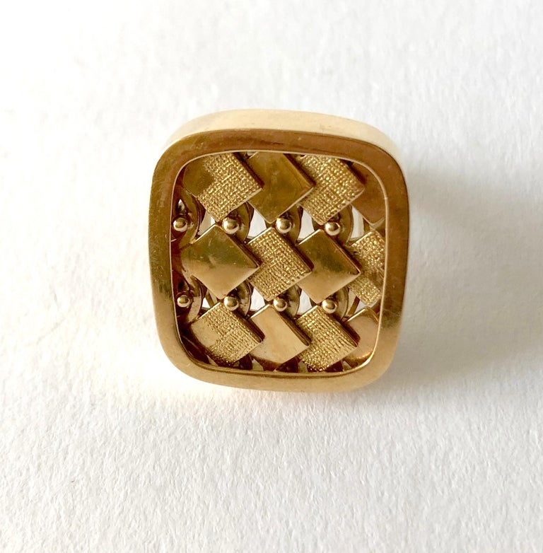 1968 Waldemar Jonsson 18 Karat Gold Swedish Modernist Textured Ring In Good Condition For Sale In Los Angeles, CA