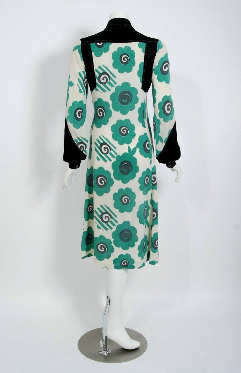 1969 Ossie Clark Candy Flower Celia Birtwell Print Crepe Billow-Sleeve Dress For Sale 1