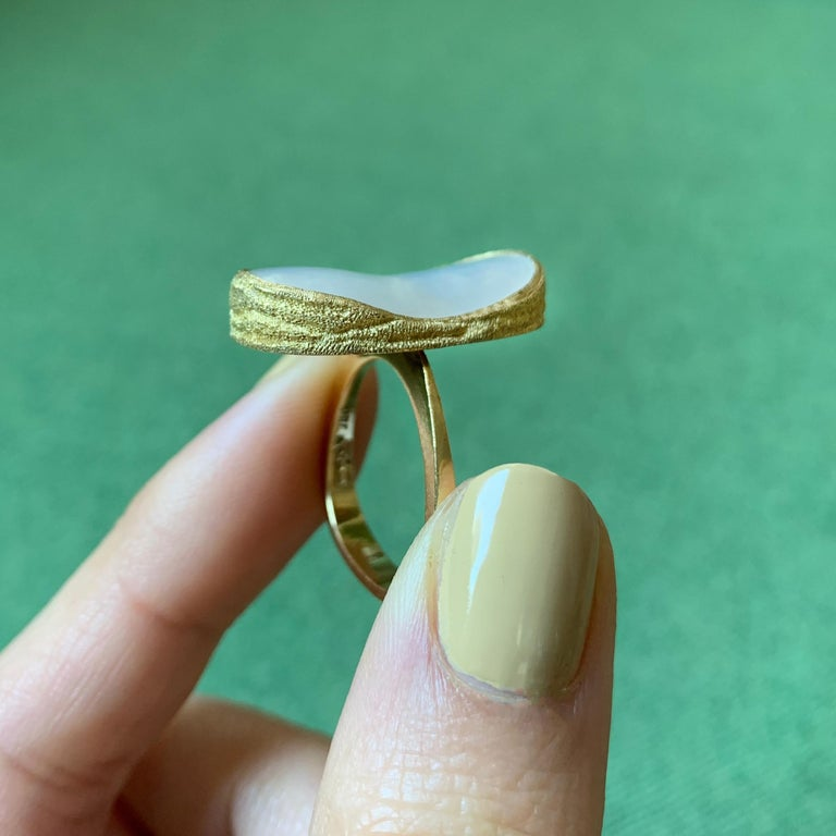 1970 Andrew Grima Mabe Pearl and Gold Ring In Excellent Condition For Sale In New York, NY