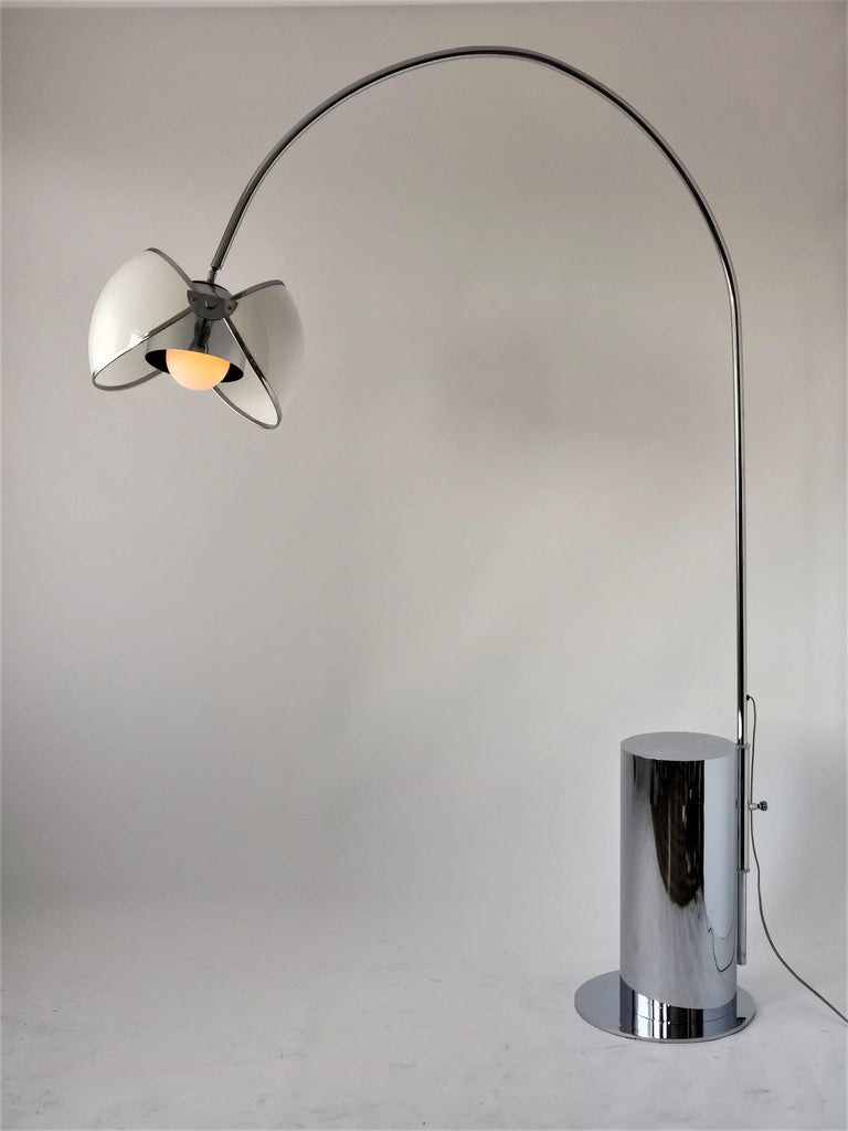 1970 Arch Floor Lamp in the Style of Superstudio, Italia For Sale 8
