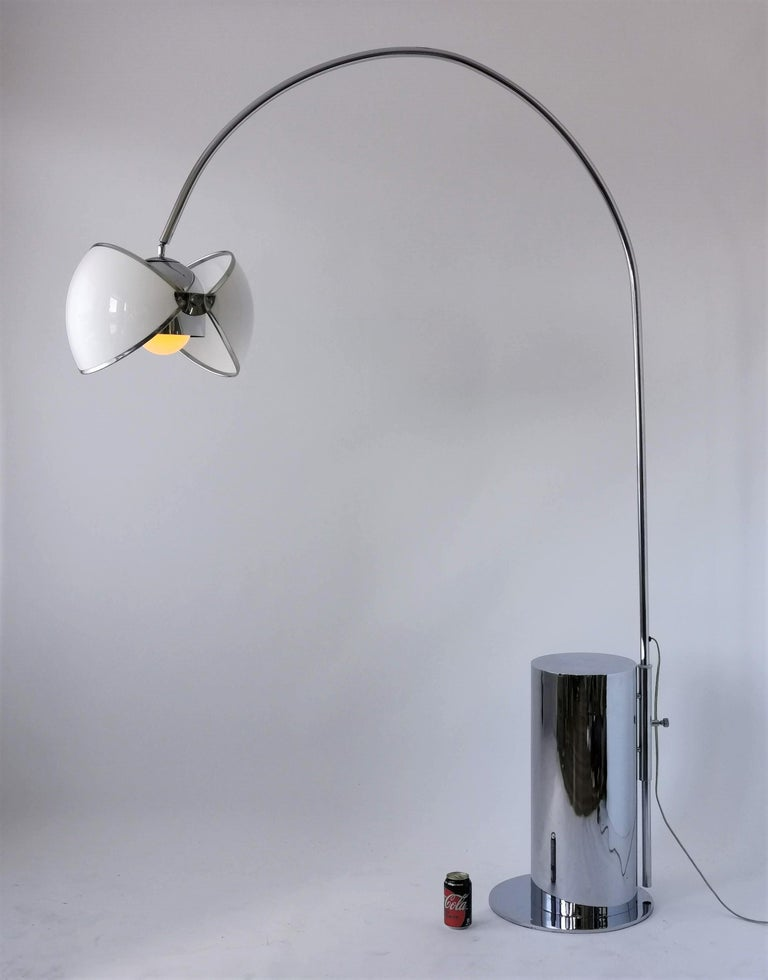 Mid-Century Modern 1970 Arch Floor Lamp in the Style of Superstudio, Italia For Sale