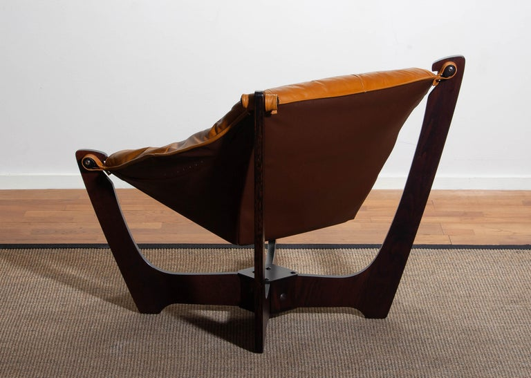1970, Camel / Cognac Leather Lounge Chair by Odd Knutsen for Hjellegjerde Møbler For Sale 3