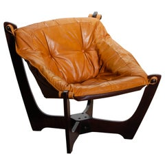 1970, Camel / Cognac Leather Lounge Chair by Odd Knutsen for Hjellegjerde Møbler