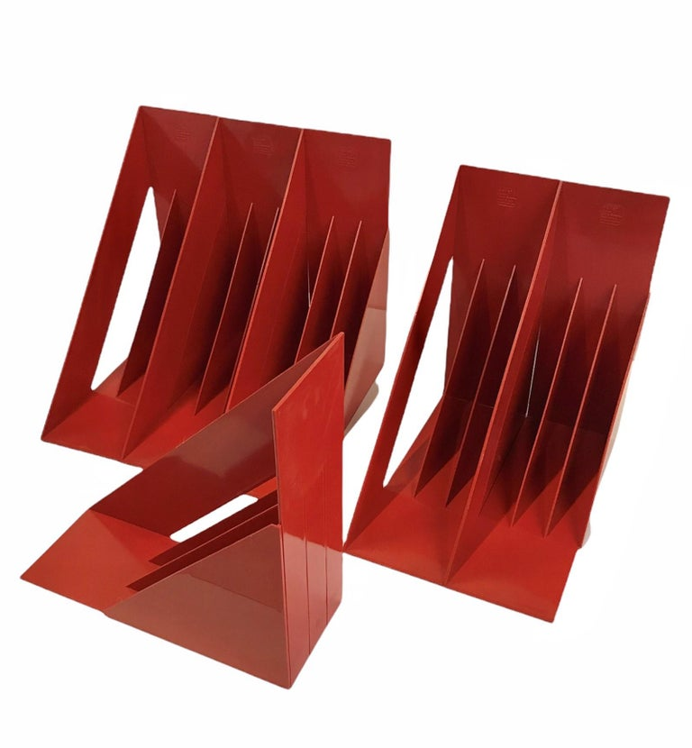 1970 Heller Modern Plastic Pair Record/Magazine Racks by Giotto Stoppino Pop Art For Sale 6
