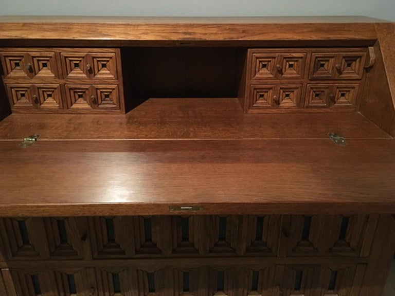 1970 Officina Rivadossi Oak Desk or Cabinet with Drawers in Brutalist Style For Sale 10