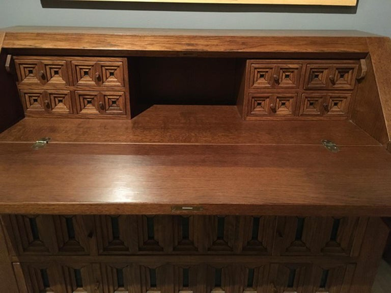 1970 Officina Rivadossi Oak Desk or Cabinet with Drawers in Brutalist Style For Sale 11
