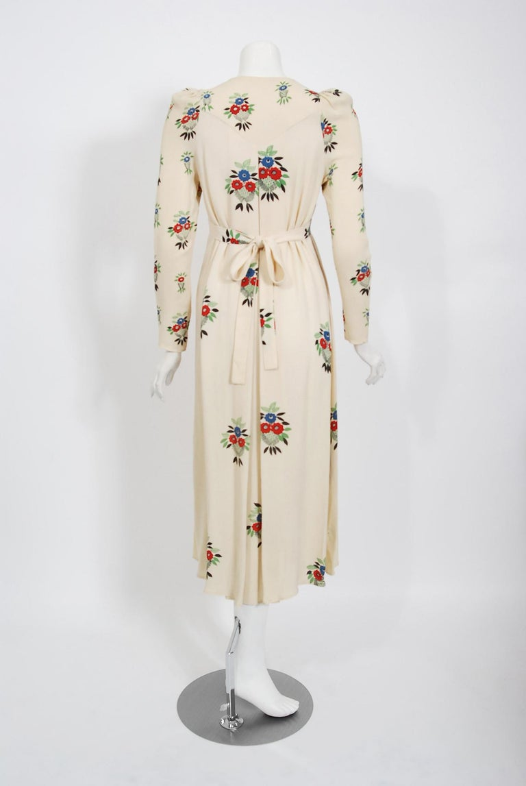 1970 Ossie Clark Ivory Moss-Crepe Celia Birtwell Floral Print Long Sleeve Dress For Sale 1