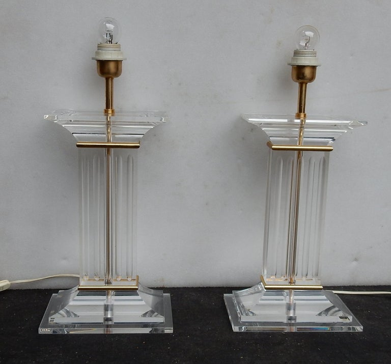 Pair of lamps in Lucite decor columns,1 bulb, height columns: 47 cm, good condition, circa 1970.
