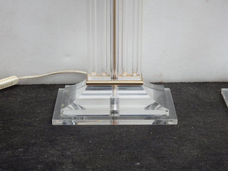 French 1970 Pair of Lamps in Lucite Columns Deco For Sale